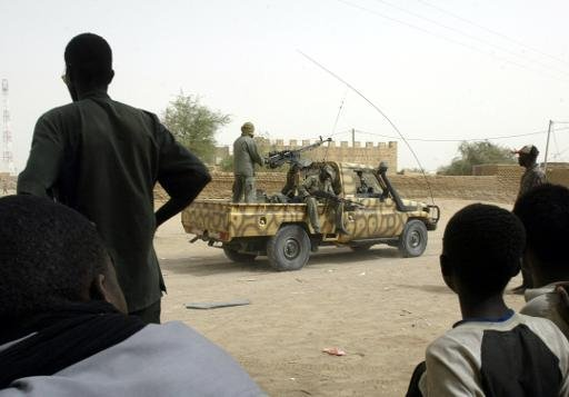 Deux des agents électoraux enlevés samedi dans la région de Kidal (nord-est du Mali) par des hommes armés ont été relâchés, a indiqué dimanche à l'AFP un responsable au ministère malien de l'Administration territoriale, sans détails dans l'immédiat sur le sort des autres otages