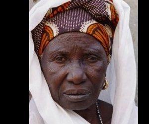 Une vieille dame morte se réveille à son enterrement: 68 blessés
