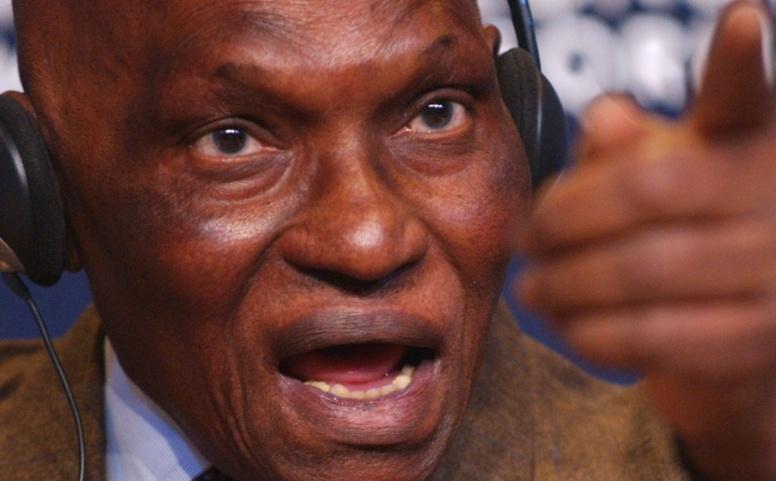 Fermeture Comptes bancaires des Wade : le « coupable » qui pourrait en faire de même pour le président Sall connu