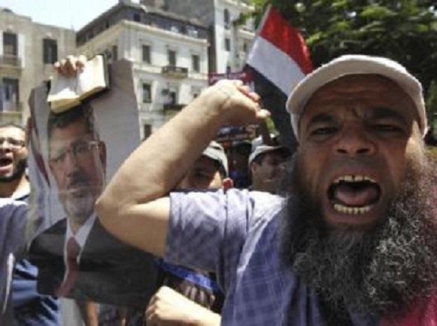 Egypte: le pouvoir accentue la pression sur les Frères musulmans