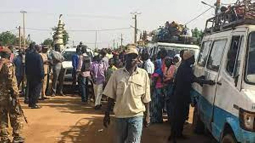 Mali: blocus jihadiste sur le village de Dinangourou