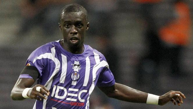 Transferts: Lyon pense à MBengue