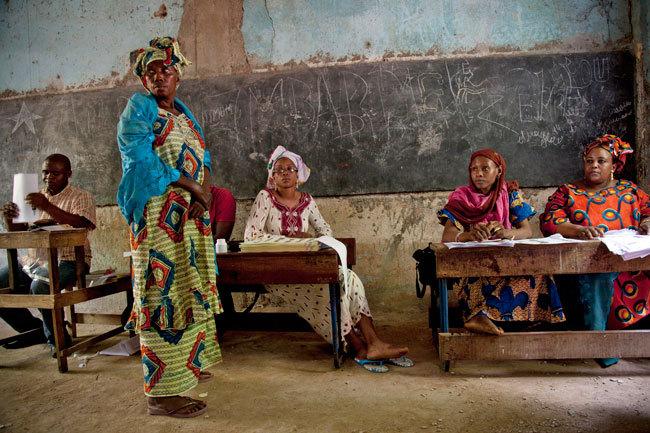 Mali: dans l'attente des résultats, l'impatience monte encore mais la sérénité domine à Bamako
