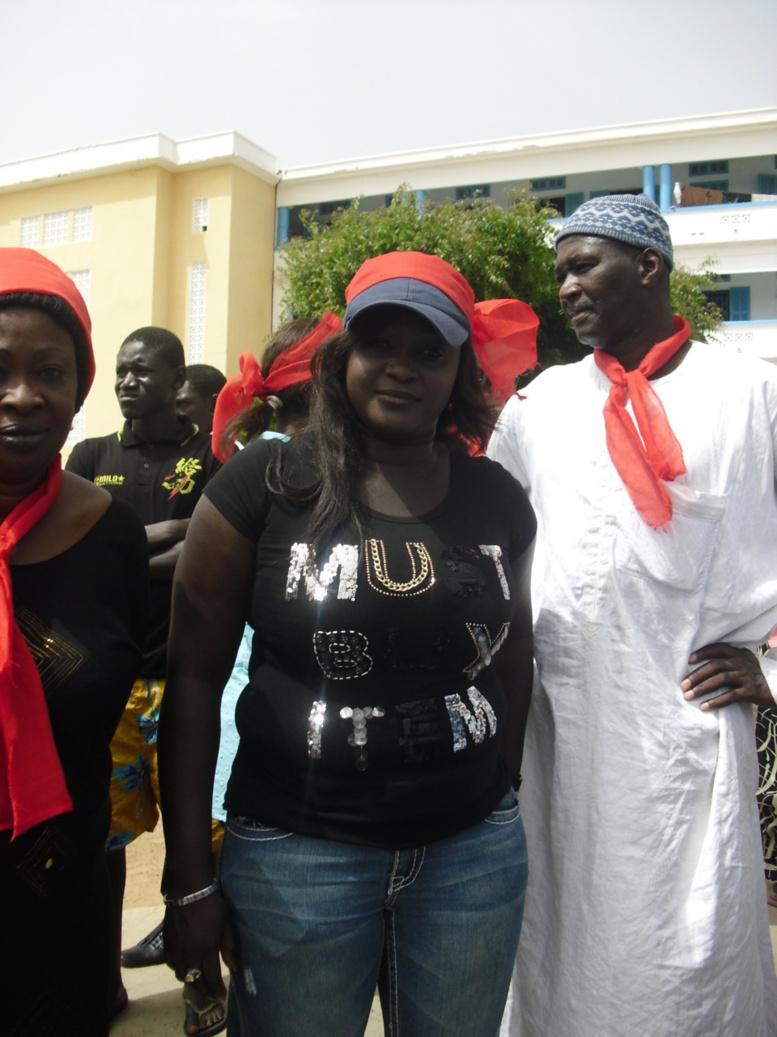 VIDEO-Manifestation UJTL: la marche « noire » vire au « gris », les jeunes en désaccord autour de l'objectif