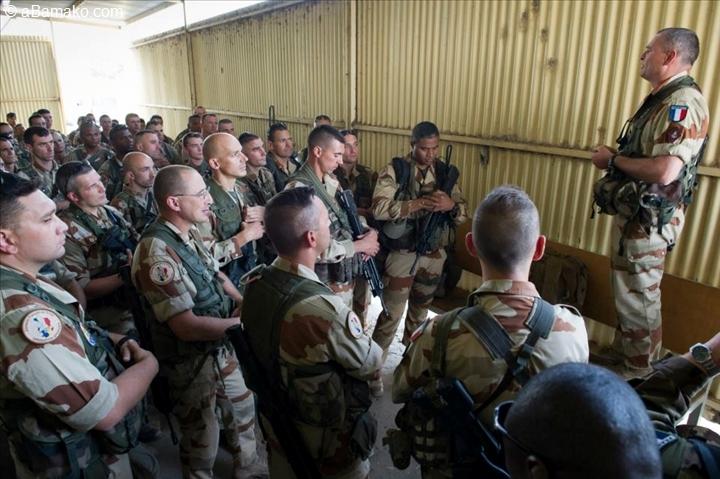 Opération Serval au Mali : un mort, un blessé dans un accident de la route (Défense)