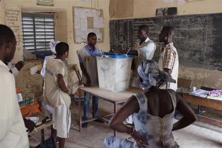 Présidentielle au Mali: des résultats officiels espérés ce jeudi pour mettre fin aux querelles