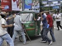 La condamnation, le 15 juillet, de Ghulam Azam, le chef du parti Jamaat-e-Islami à l'époque de l'indépendance, avait déclenché une nouvelle flambée de violences dans la capitale Dacca. REUTERS/Stringer