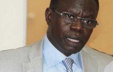 """Chavirement d'"""" Almadraba Uno"""" dans les eaux sénégalaises: le navire a enfreint les règles internationales, selon Pape Diouf qui veut une enquête"""