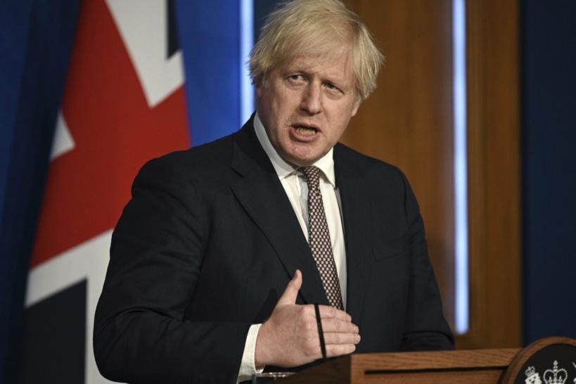 Covid-19: Boris Johnson annonce la fin prochaine des restrictions au Royaume-Uni