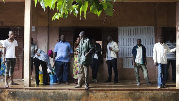 Présidentielle malienne 2013: fermeture des bureaux de vote