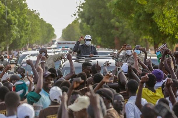 Incurie ! La chronique de KACCOR sur la hausse des cas de Covid au Sénégal