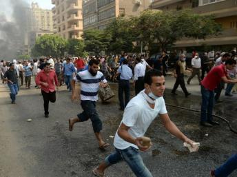 Egypte: de nombreux morts dans l'évacuation des places occupées par les pro-Morsi