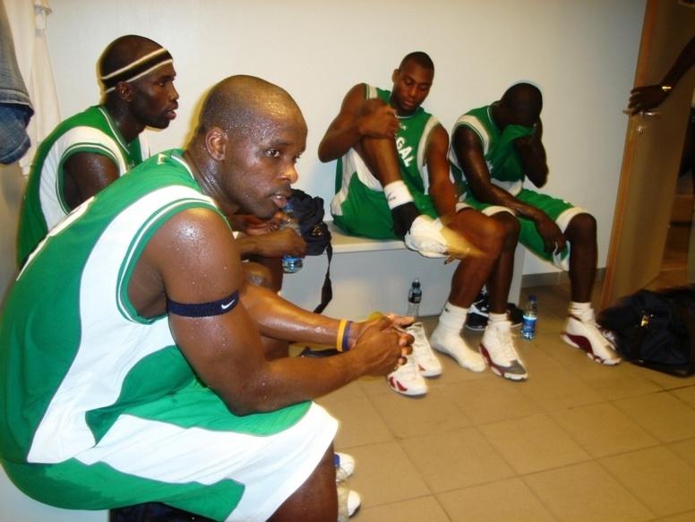 Afrobasket : Cheikh Sarr lâche ses (12) douze  « Lions » dans la jungle ivoiriennne