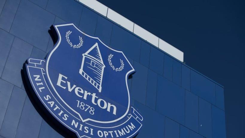 Un joueur d'Everton arrêté pour pédophilie