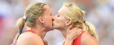 Athlétisme: Les deux Russes qui se sont embrassées ne sont ni homosexuelles, ni militantes