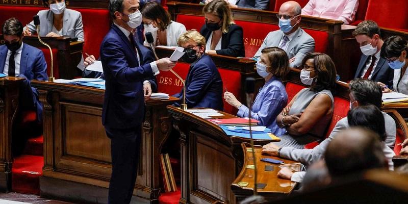 France: l'Assemblée nationale vote contre le pass sanitaire dans les hôpitaux et Ehpad