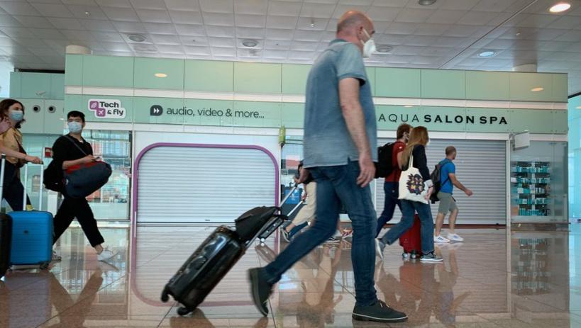 Covid-19: l'Espagne va imposer une quarantaine pour les voyageurs en provenance d'Argentine, Colombie, Bolivie et Namibie