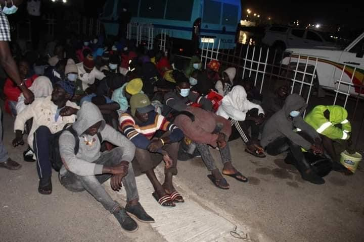 Émigration clandestine: 16 Sénégalais et 55 Gambiens interceptés avec leur pirogue vers Djifer