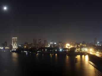 Egypte: au Caire, malgré le couvre-feu la vie continue
