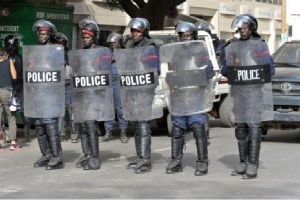"""Une opération """"coup de poing"""" de la police à Dieupeul débouche sur plusieurs arrestations"""