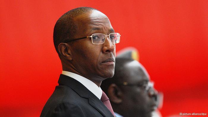 Dernière minute : Abdoul Mbaye démis de ses fonctions (mis à jour)