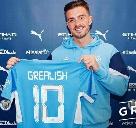 Jack Grealish signe à Manchester City