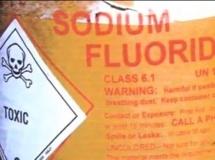 Le fluorure de sodium entre notamment dans la composition du gaz sarin Youtube / Capture d'écran
