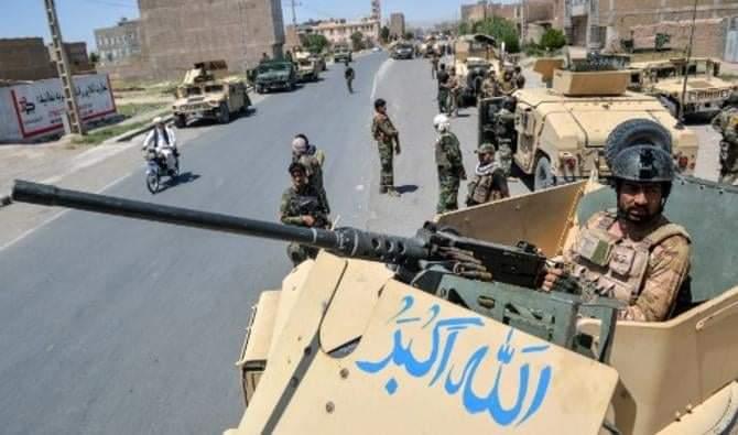 Afghanistan: les talibans s'emparent d'une deuxième capitale provinciale