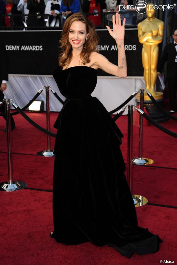 Angelina Jolie : Un nouvel Oscar pour la star de 38 ans