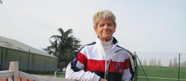 Evreux : à 82 ans, Colette est championne de tennis