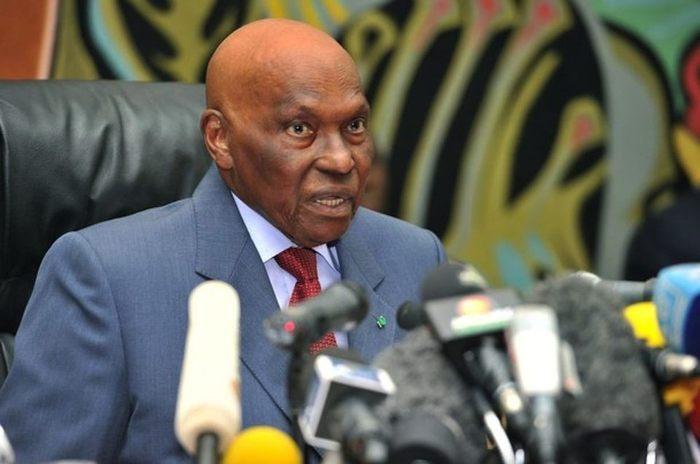 Les ex-présidents Diouf et Wade payés pour service rendu au Sénégal : le président Sall prend en charge une partie de leur personnel