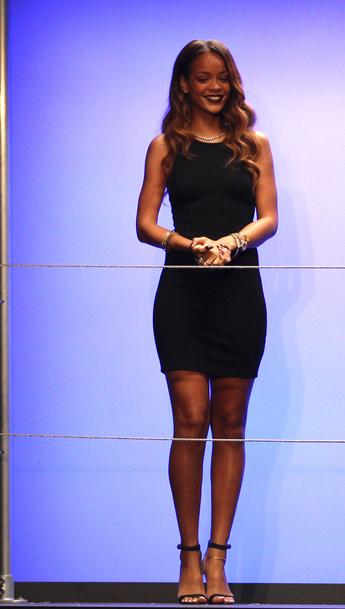 Rihanna Styliste pour River Island: Découvrez sa nouvelle collection