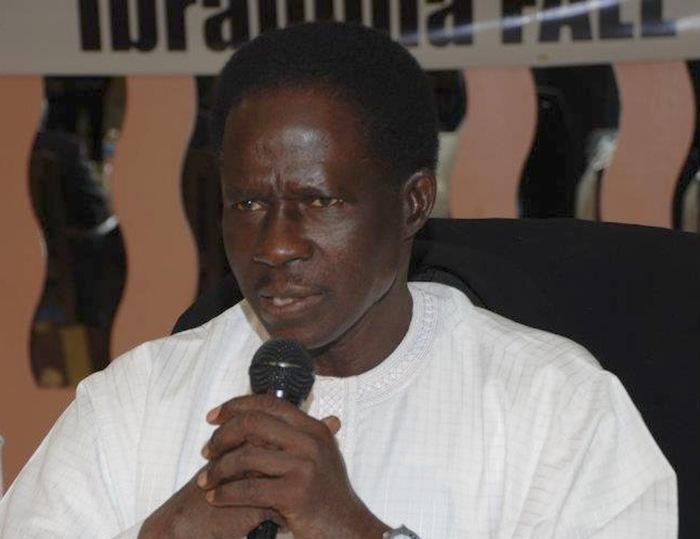 Ibrahima Fall s'oppose au président Sall : le leader de Taxaw Tem qui fustige le choix d'un apériste au ministère de l'intérieur, dénonce…