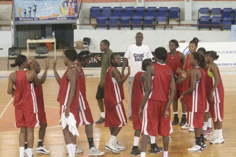 Préparation des jeux Africains de Maputo : les « Lionnes » du Basket disent leur ras-le bol et exigent de meilleures conditions