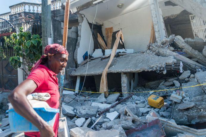 Le bilan du séisme en Haïti s'alourdit à 1 941 morts