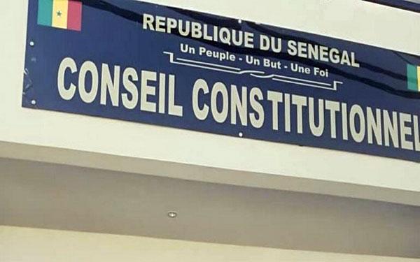 Les trois nouveaux membres du Conseil constitutionnel ont prêté serment
