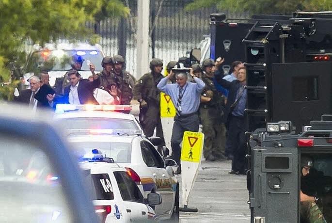 Etats-Unis : treize morts dans la fusillade dans les locaux de l'US Navy