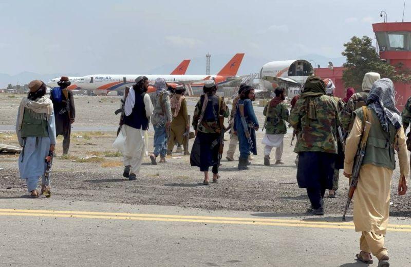 Un avion du Qatar transportant une équipe technique s'est posé à Kaboul (source proche du dossier)