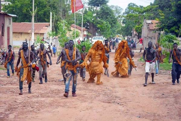 Démarrage Kankourang à Mbour: une autorisation électoraliste en pleine 3e vague