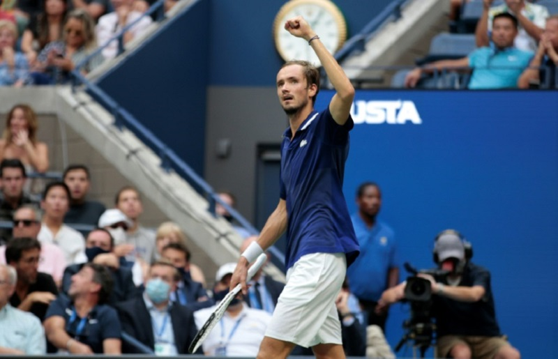 Tennis: Medvedev remporte l'US Open et prive Djokovic du Grand Chelem