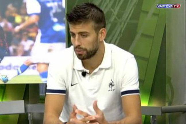 Barça: Quand Piqué porte un polo des Bleus