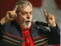 Le président brésilien Lula Da Silva fait voter en 2006 une loi punissant sévèrement les violences faites aux femmes. . reuters