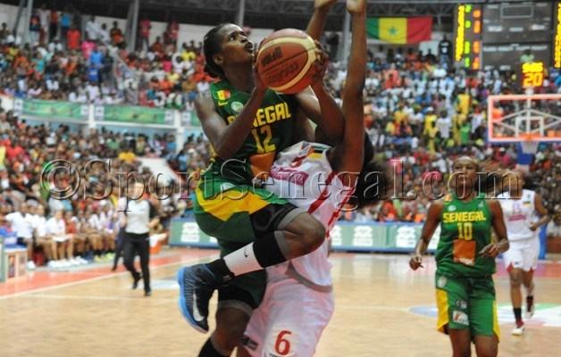 """Afrobasket féminin 2013: les """"Lionnes"""" surclassent les """"Aigles"""" et rejouent la finale perdue de 2011"""