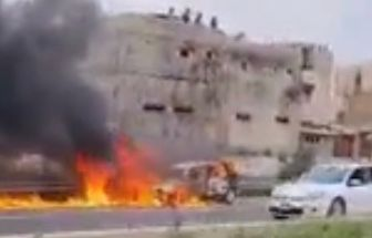 Un véhicule prend feu sur l'autoroute à péage à hauteur de Pikine