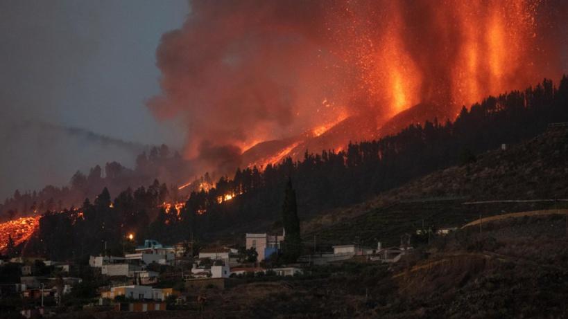 Éruption volcanique en Espagne: sept vols annulés à l'aéroport de l'île de La Palma, au Canaries