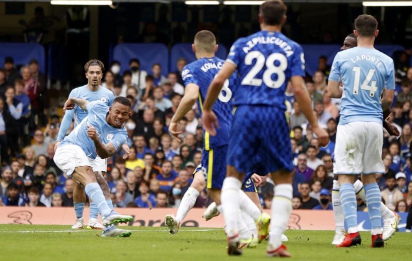 Manchester City remporte le choc de la 6e journée de Premier League devant Chelsea