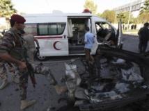 Les patrouilles militaires kurdes d'Erbil inspectent les lieux de l'un des attentats qui, au total, ont fait six morts dimanche 29 septembre. REUTERS/Azad Lashkari