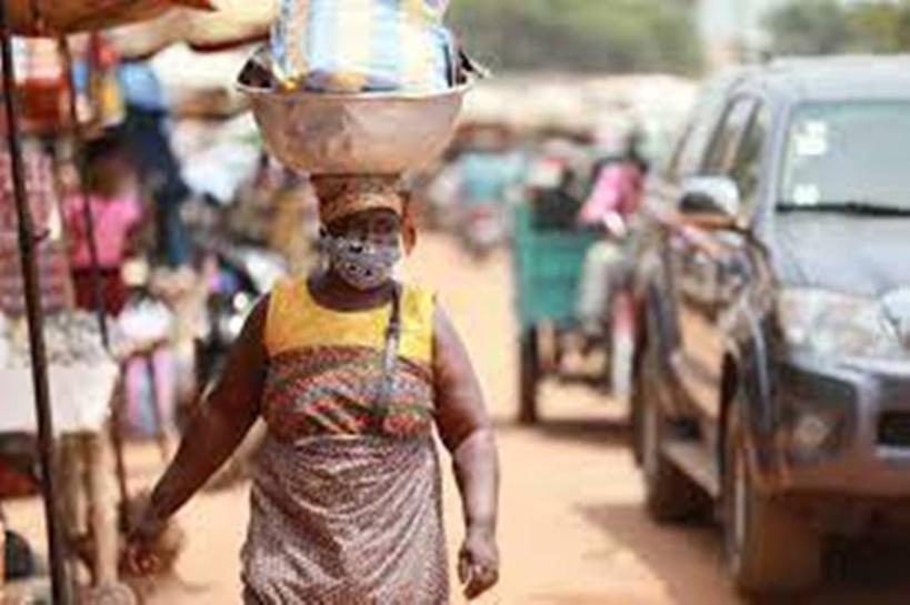Covid-19 au Togo: les nouvelles restrictions font polémique