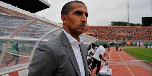 """A 10 jours du choc Côte d'Ivoire vs Sénégal, les ivoiriens s'inquiètent du """"manque de niveau"""" de Lamouchi, le « fameux stagiaire »."""