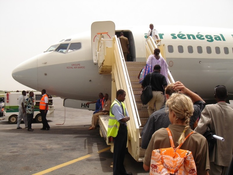 Insolite à l'Aéroport LSS : un peulh voulait embarquer avec un mouton et tout l'accompagnement pour la Tabaski